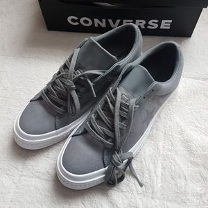 New with box Converse OX Mens 9 SNEAKERS